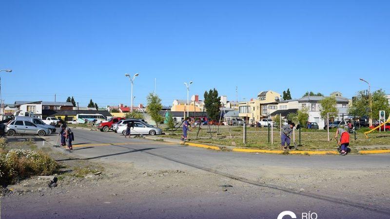 Municipio presente en el cenin 4: vecinos acercan su inquietudes